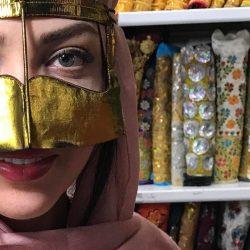 چهره متفاوت بازیگر معروف با نقاب + عکس