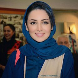 عکس/ شیلا خداداد با انتشار عکسی متفاوت حمایتش را از روحانی اعلام کرد