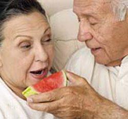 سلامت سالمندان با مصرف این مواد غذایی