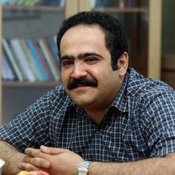 مصاحبه خواندنی با صداپیشه فامیل دور