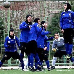 فوتبالیست زن کشور در حالت مستی مامور پلیس را زیر گرفت و دستگیر شد