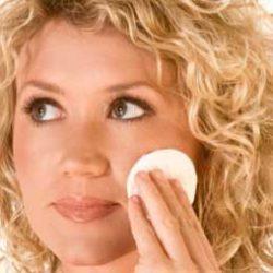 نکات مهمی در مورد پاک کننده های آرایشی
