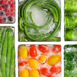۴ دلیل برای خرید و استفاده میوه و سبزیجات منجمد