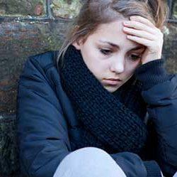 علل و پیشگیری از گوشه گیری نوجوانان
