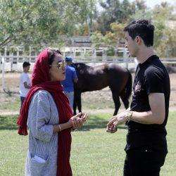 عکسهای بهاره افشاری و سردار آزمون در پشت صحنه مستند سریک