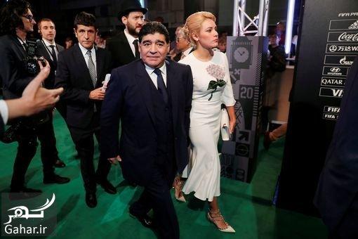 maradona عکسهای مارادونا و همسرش در مراسم بهترین بازیکن 2017