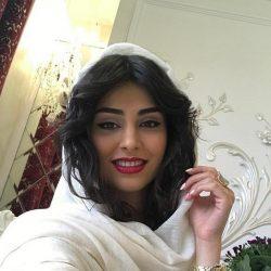 عکس بازیگر سریال آنام با شلوار پاره و تیپ عجیب