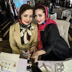 عکس ملیکا شریفی نیا کنار خواهرش مهراوه در بیمارستان