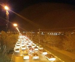 عکس صف عجیب و اتوبانی پمپ بنزین کرمانشاه