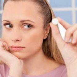 مکمل رشد مو موجب افزایش موهای زاید و جوش می شود؟
