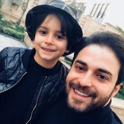 خوشحالی بابک جهانبخش در کنار پسر و همسر جدیدش / عکس