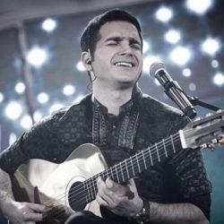فیلم: اشک شوق محسن یگانه در کنسرت لس آنجلس و رکورد حضور ۷هزار نفر
