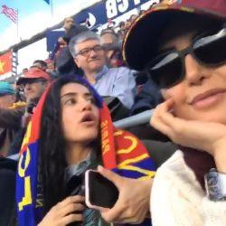 عکس الناز شاکردوست و خواهرش الیکا در ورزشگاه نیوکمپ