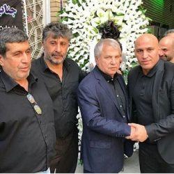 عکسهای حضور ورزشکاران در مراسم ختم برادرزاده علی پروین