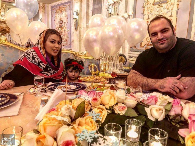 behdadsalimi aytakin 30602567 206921986573527 8294820156366913536 n e1526899488985 عکس های بهداد سلیمی و همسر و دخترش در رستوران لاکچری