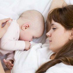 شیر خوردن نوزاد در شب چند بار باید باشد؟