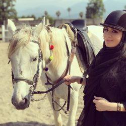 عکسهای اسب سواری خانم مجری