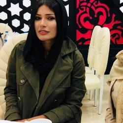 عکس عجیب شیوا طاهری با شلواره پاره در مزون لباس!