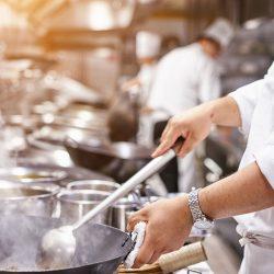 آشپزی چیست ؟ آشپز و سرآشپز کیستند؟