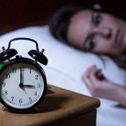 علت بیدار شدن در نیمه شب چیست؟