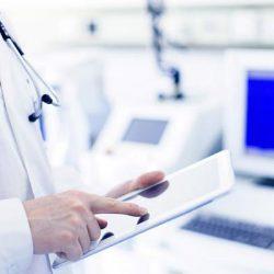رشته مدارک پزشکی چیست؟ + معرفی و بازار کار آن