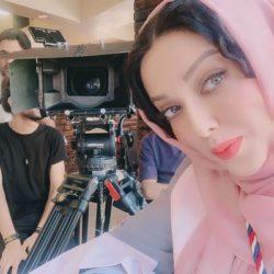 عکسهای شیطونی یواشکی لیلا اوتادی در پشت صحنه فیلم جدیدش!
