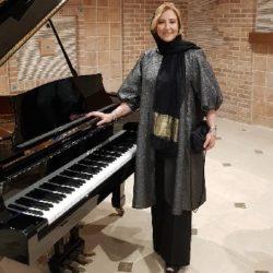 مرجانه گلچین و سالار عقیلی و همسرش در افتتاحیه هتل کاخ کرمان