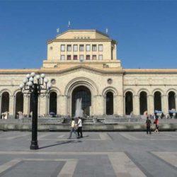 آشنایی با موزه تاریخ ارمنستان در تور ارمنستان