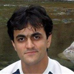 سعید ملک پور مدیر آویزون