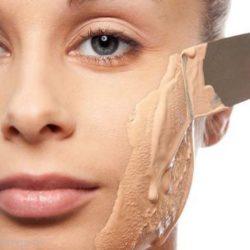علت نخوابیدن کرم پودر روی پوست چیست؟