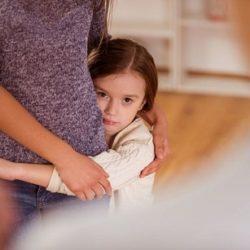 روش های کاهش وابستگی کودک به مادر