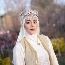 عکسها و بیوگرافی بازیگر نقش روژان در سریال نون خ ۲