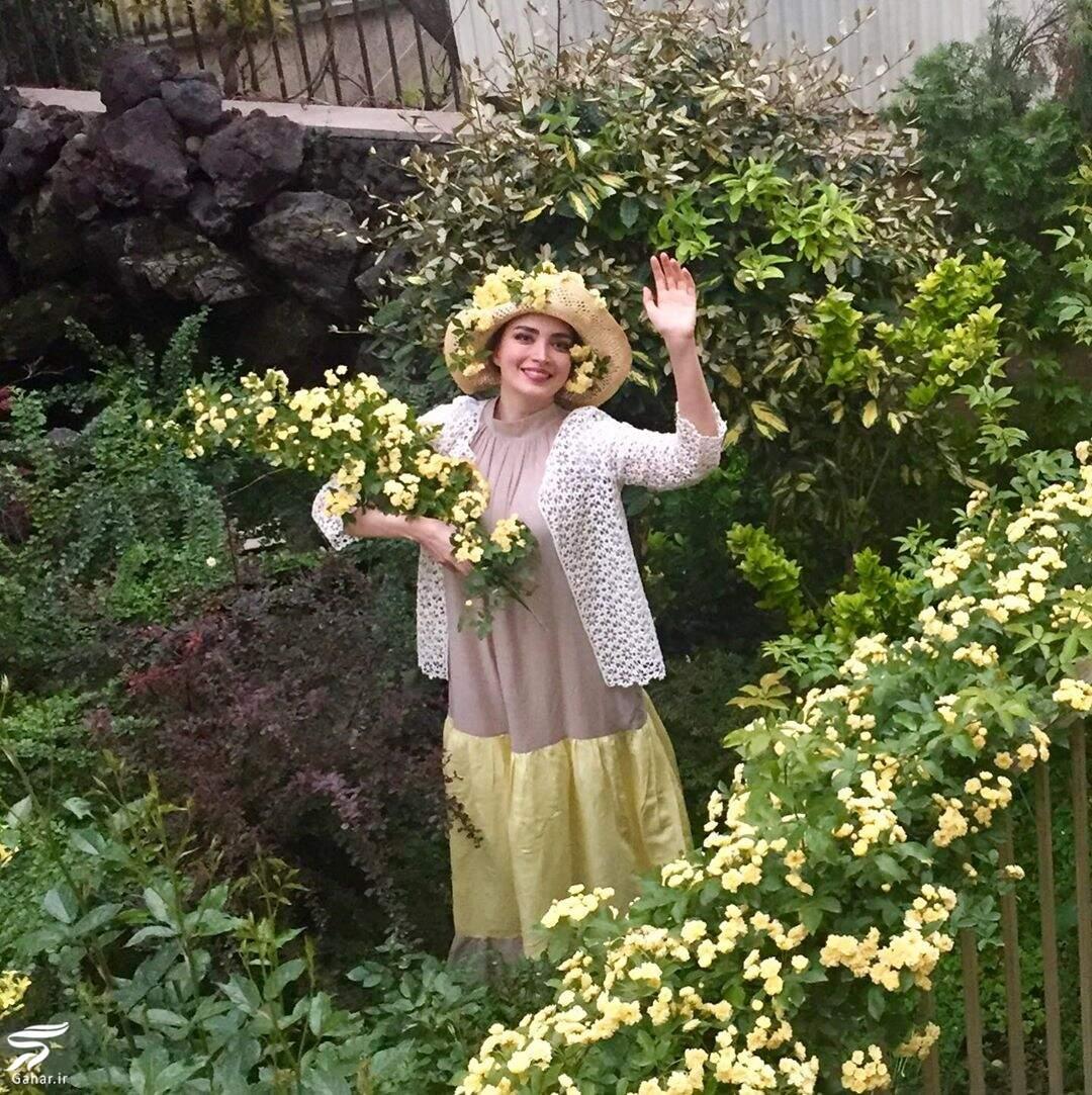 عکس جدید بهنوش طباطبایی با کلاه گل در حال گل چیدن, جدید 99 -گهر