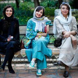 عکس های بازیگران زن در نمایشگاه عکس فیلم درخت گردو با تیپ های متفاوت