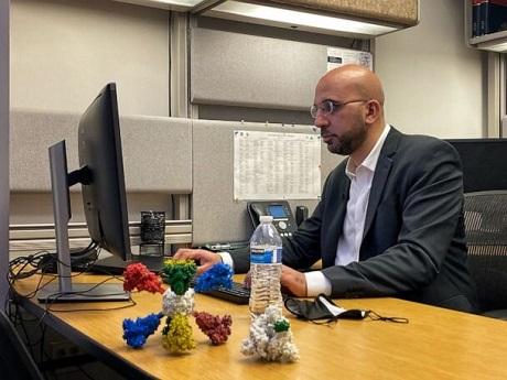 دانشمند ایرانی قوی ترین واکسن کرونا را می سازد؟!, جدید 1400 -گهر