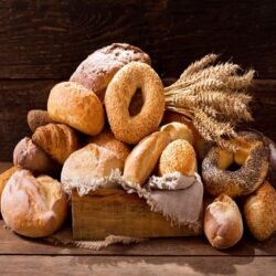 با کالری و خواص انواع نان بیشتر آشنا شوید